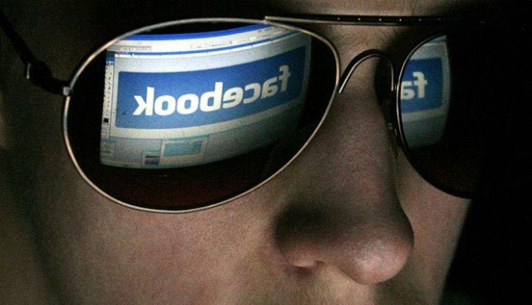 Cómo saber si alguien espía tu WhatsApp, Facebook o alguna otra cuenta sin tu permiso